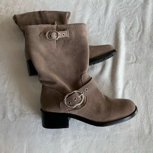 Vince Camuto VV-Wilan Mid-Calf Suede Boots